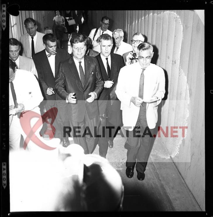 Imagine rara cu John F. Kennedy, surprins pe 20 octombrie 1962, la Chicago. Colectie: Cristian Otopeanu