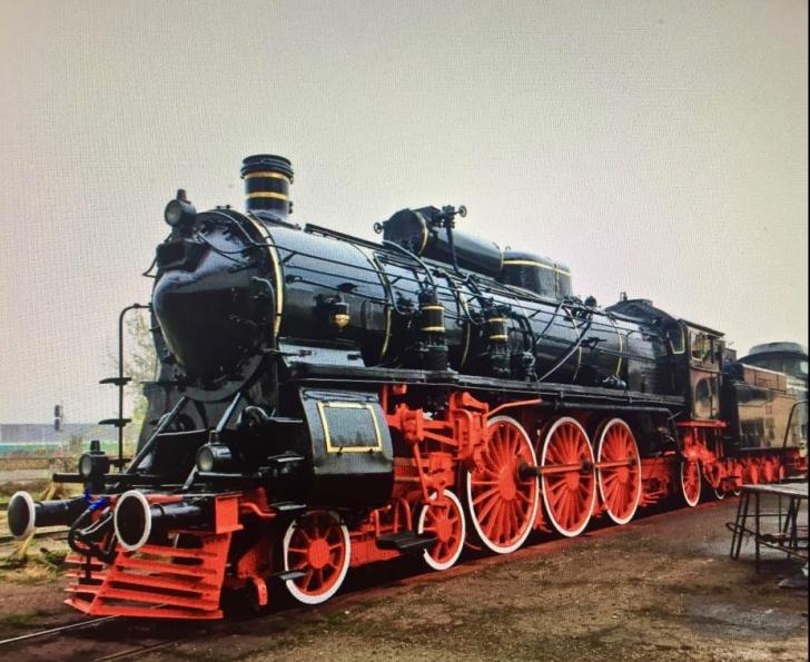 Familia regală merge cu trenul regal la Alba Iulia