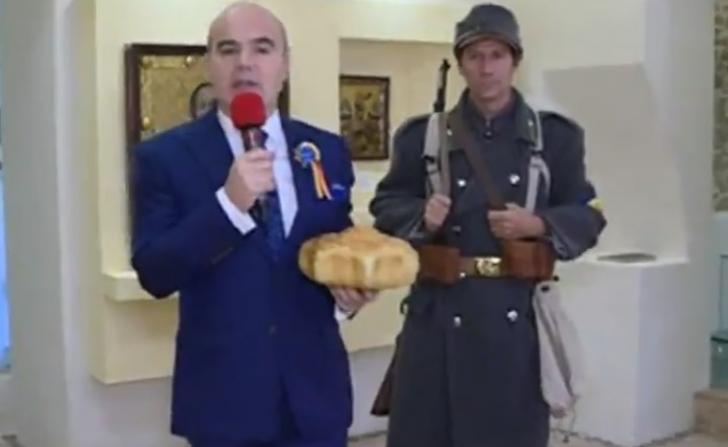 """Rareş Bogdan îndeamnă la calm: """"O spune un român care stă pe baricade"""""""
