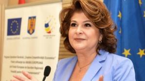 Plumb: Iohannis îşi arogă, în mod ilegal, dreptul de a decide componenţa Guvernului