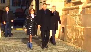 """Iohannis și soția lui au participat la slujba de Duminică de la Biserica """"Sfânta Trime"""" din Sibiu"""