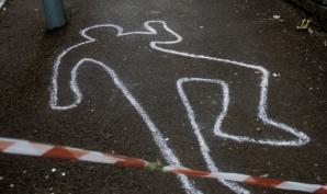 Crimă în Capitală. Bărbat înjunghiat mortal, pe o alee din sectorul 2