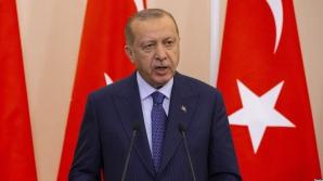 Erdogan continuă epurările. Două emisiuni TV, suspendate în Turcia în urma criticilor la adresa sa