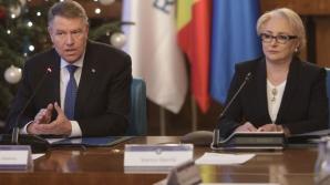 Klaus Iohannis și Viorica Dăncilă în ședința de guvern