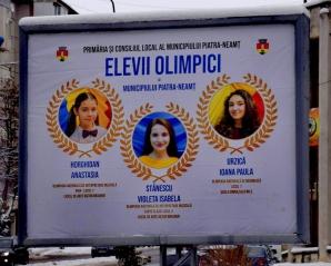Neamţ: Primii cinci elevi olimpici, promovați pe panouri publicitare în Piatra-Neamț
