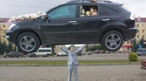Cele mai NEBUNE poze de la nunţi. Spectacol halucinant, made in RUSIA. Ce-o fi fost în capul lor?