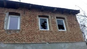 Incendiu de amploare în Mureş: Trei copii intoxicaţi cu fum