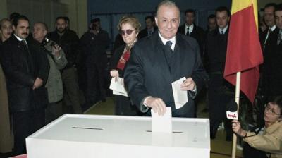 Alegerile din 2000. Cozmin Gușă: România a pierdut și s-a întors în trecut. Vezi integral emisiunea!