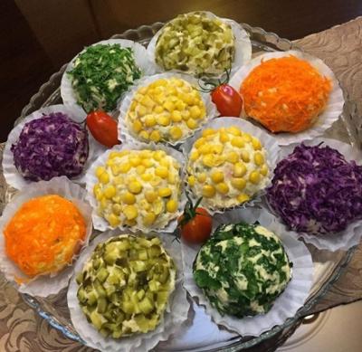Salata de boeuf. Cum să o decorezi ca să arate senzaţional