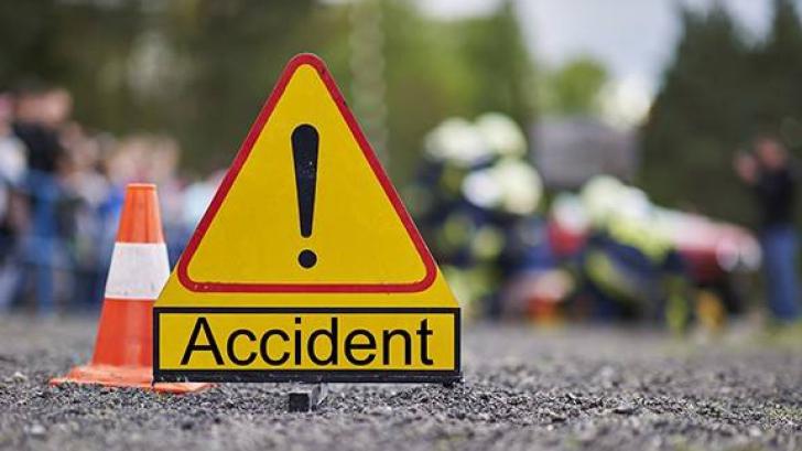 Accident pe centura de Vest a Ploieștiului. Un microbuz și un autoturism s-au răsturnat: 3 victime