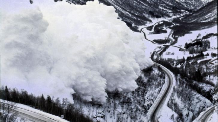 Risc de producere a avalanşelor! Care sunt stațiunile montane vizate?