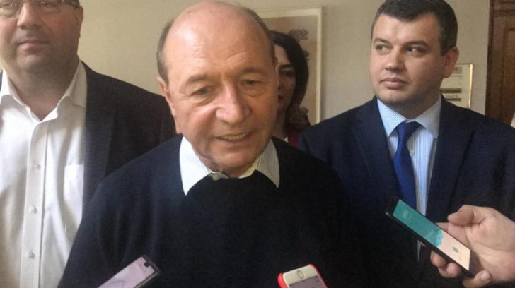 """Traian Băsescu, previziuni despre scena politică: """"Rămâne să vedem care va fi exodul din PSD"""""""