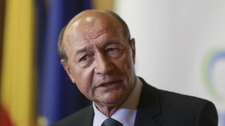 """Traian Băsescu se dezlănțuie: """"Stop joc! S-a mers prea departe! Vai de capul vostru"""""""