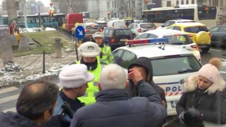SCANDAL. Revoluționarii timișoreni sosiți la București să-și comemoreze morții, șicanați de Poliție