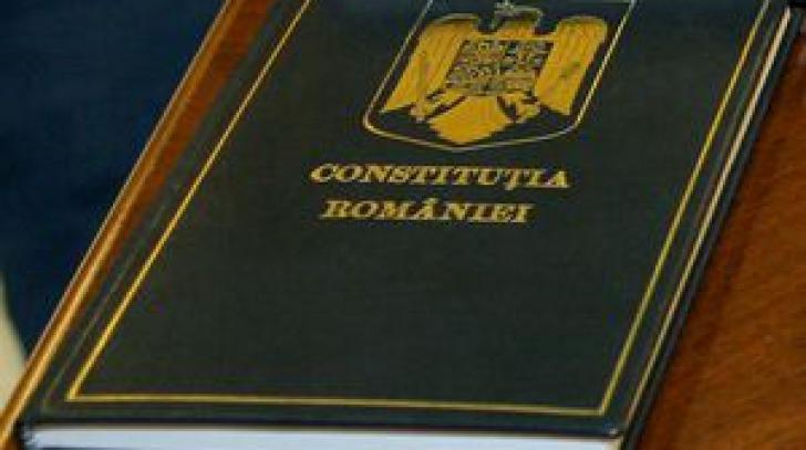 8 decembrie, Ziua Constituției României