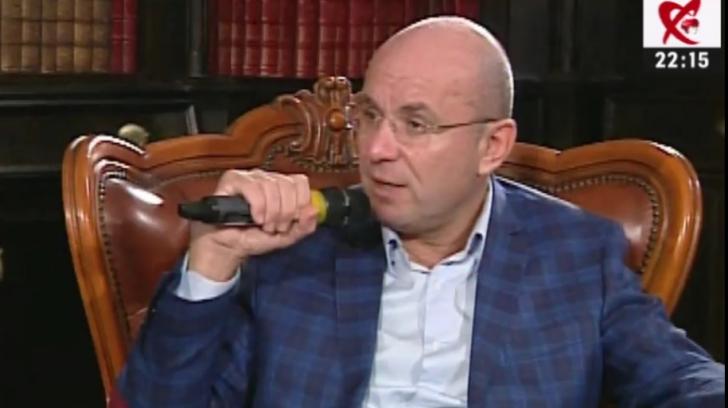 <p>Cozmin Gușă</p>