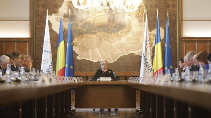 Dăncilă: Decretul semnat de Iohannis pentru prelungirea mandatului şefului Armatei este nelegal / Foto: Inquam Photos / Octav Ganea