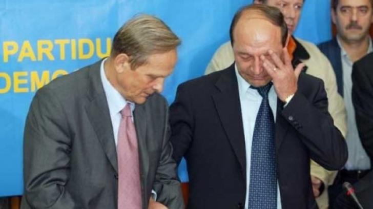 Băsescu și Stolojan - alegeri 2004