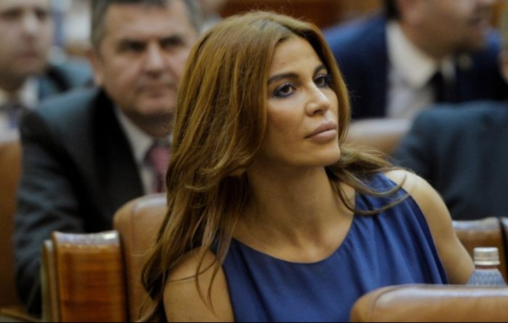 Andreea Cosma, 4 ani de închisoare cu EXECUTARE