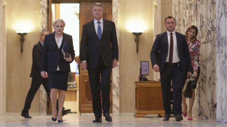 Klaus Iohannis și Viorica Dăncilă, la ședința de guvern