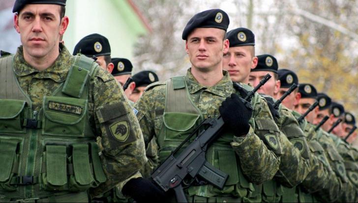 Regrete la Bruxelles, îngrijorare la Belgrad după decizia de creare a armatei kosovare