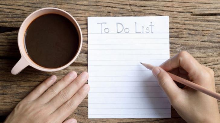 5 obiceiuri proaste la care să renunţi anul următor pentru a avea succes
