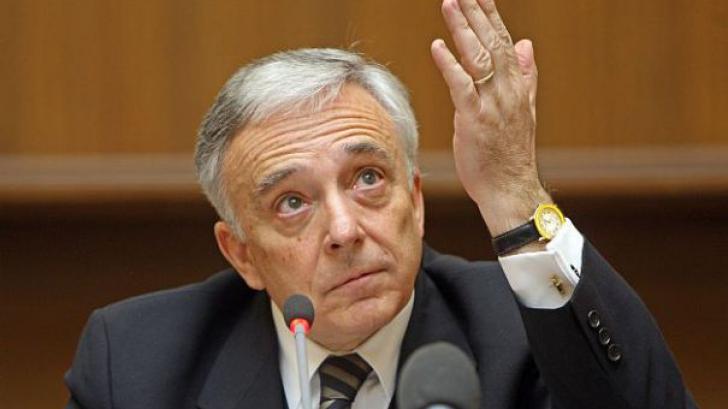 Guvernatorul BNR, amintiri despre petrol, gaze și geopolitică