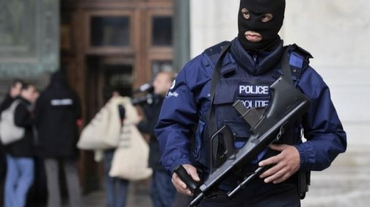 Atac armat cu Kalaşnikov în ajun de Crăciun la Bruxelles