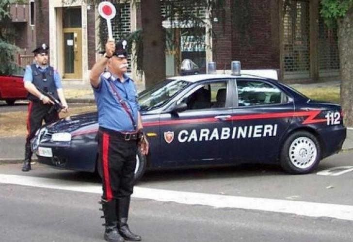 Şoferii români, vânaţi în Italia. Mainile, ridicate de Poliţie, după schimbarea Codului Rutier