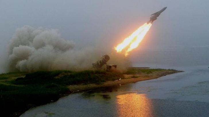 Liderul nord coreean, interesat de un 'lansator de rachete multiplu''