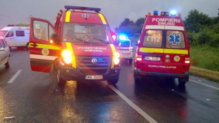 Accident rutier grav: 4 mașini implicate, 5 victime