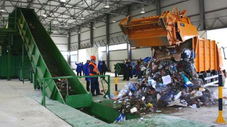 Guvernul pregătește taxa pe deșeurile de plastic FOTO Inquam