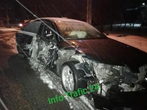 Accident lângă Dej! Impact violent între o maşină şi o autoutilitară