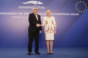 Întâlnire între Juncker şi Dăncilă, la Guvern. Cum l-a întâmpinat premierul / Foto: Inquam Photos / Octav Ganea