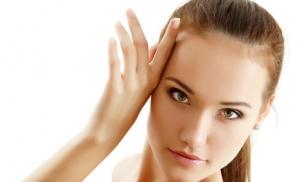 6 alimente care accelerează îmbătrânirea pielii
