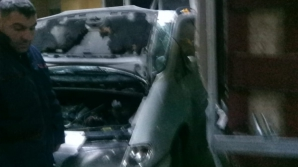 Șoferul care a intrat cu mașina în UPU Craiova a fost reținut