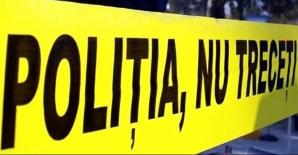 Descoperire macabră într-o parcare din Slatina. Un bărbat a fost găsit mort înghețat