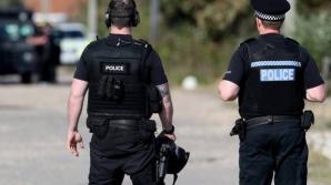 Atentat în Irlanda de Nord: o bombă a explodat într-o maşină parcată în faţa unui tribunal