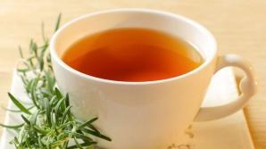De ce e bine să bei ceai de rozmarin. Sigur nu ştiai că are acest efect!