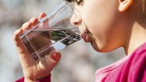 Câtă apă trebuie să bei în funcţie de greutatea corporală
