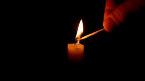 Un îndrăgit prezentator TV a fost găsit mort în casă