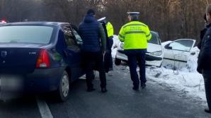 Două maşini implicate într-un accident în judeţul Olt. Şoferii au scăpat ca prin minune