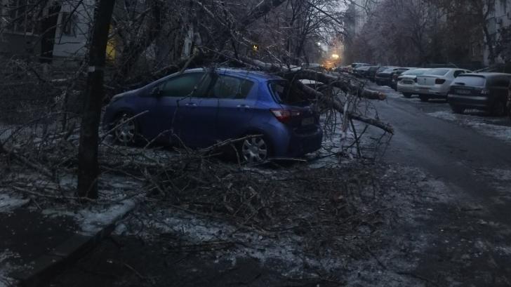 Capitala îngheţată: Pompierii din Bucureşti şi Ilfov au intervenit în peste 1.800 de cazuri