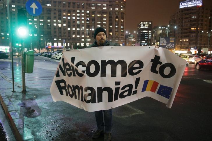 <p>Protest anti-PSD la sosirea comisarilor UE</p>