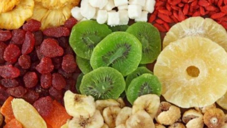 Adevărul despre fructele confiate pe care nimeni nu îl spune. Mai mănânci vreodată?