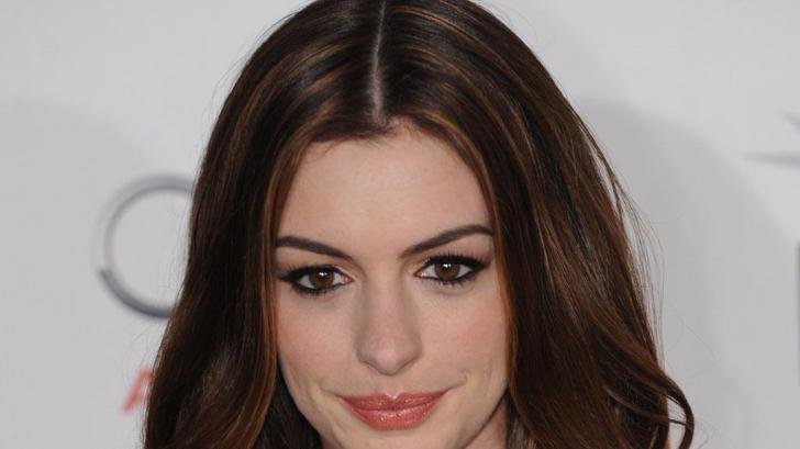 Anne Hathaway se lasă pentru următorii 18 ani