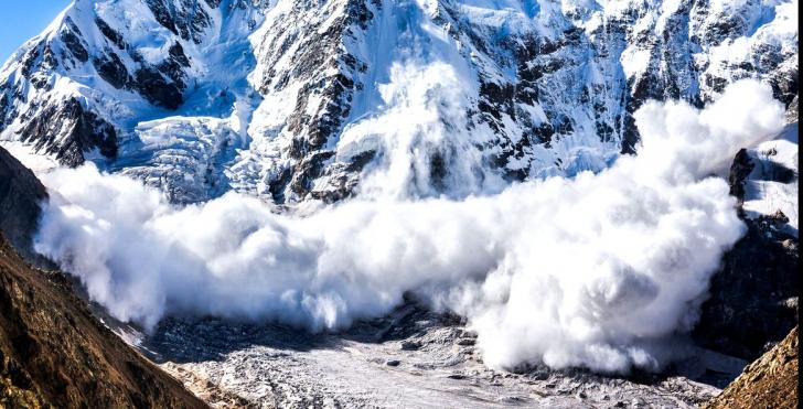 Risc crescut de avalanșă în Munții Făgăraș