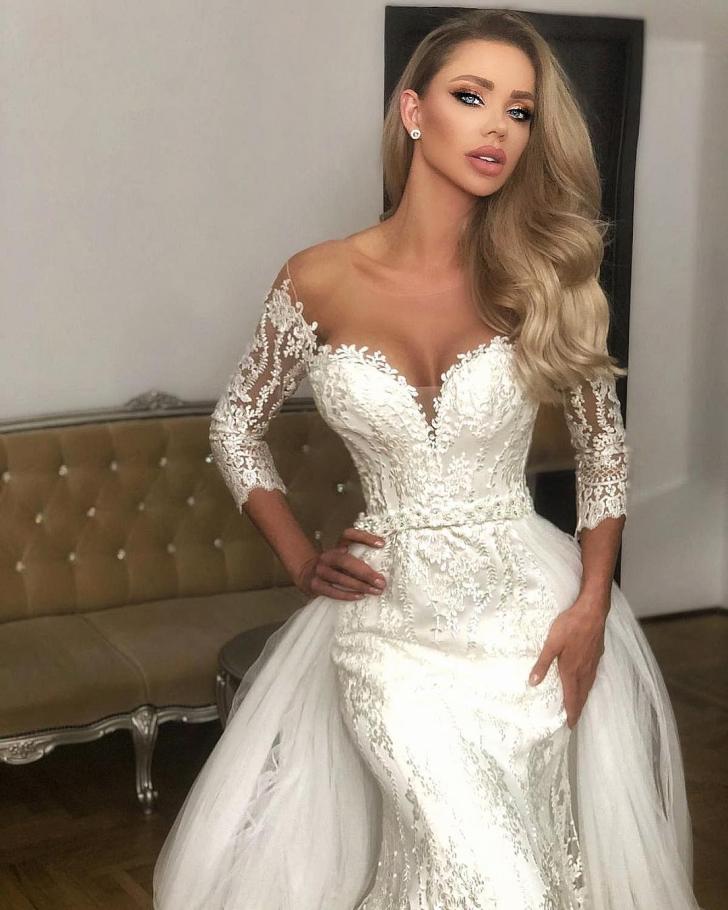 Bianca Drăgușanu, primele imagini cu rochia ei de mireasă