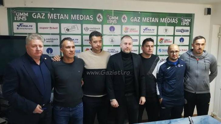 Edi Iordănescu a fost prezentat oficial la Gaz Metan!