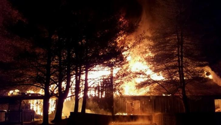 Incendiu violent, la un atelier de tâmplărie din Prahova / Foto: Arhiva